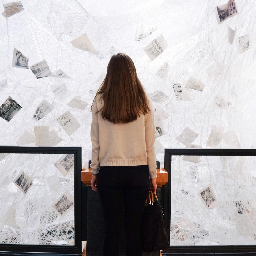 Chiharu Shiota: Beyond Memory, 2019, 780km white yarn.